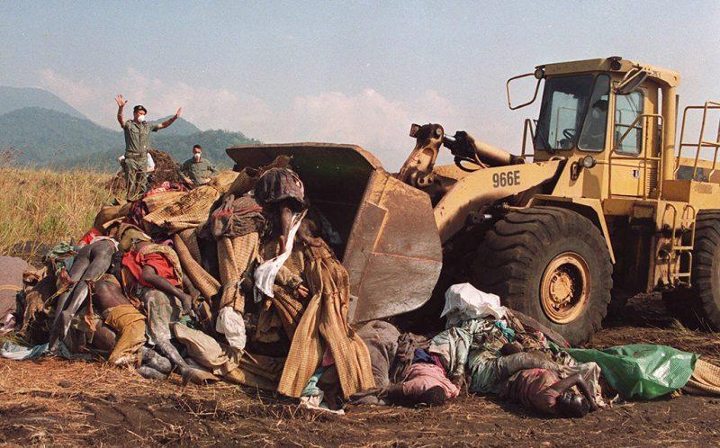 1995 Pulitzer 09 Ap Rwanda Arzt Larma 1024